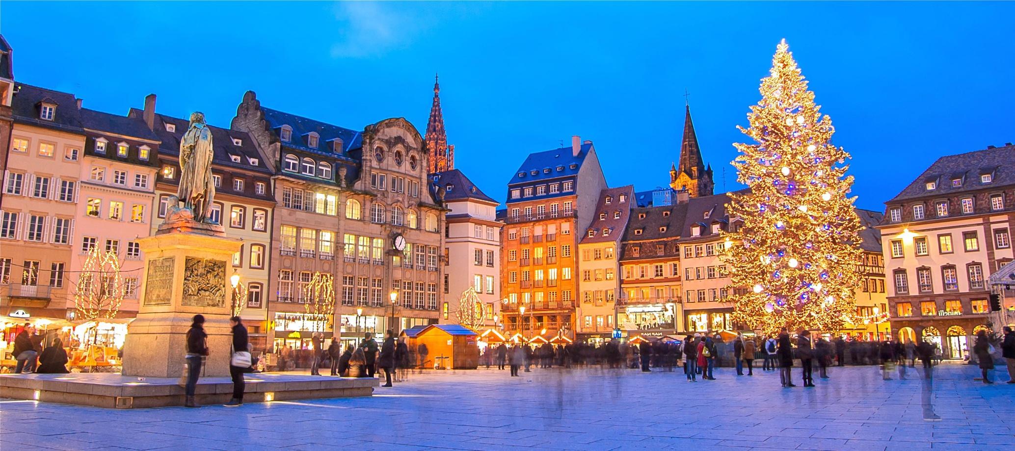 Marché de noel de Strasbourg avec Voyages Bernard